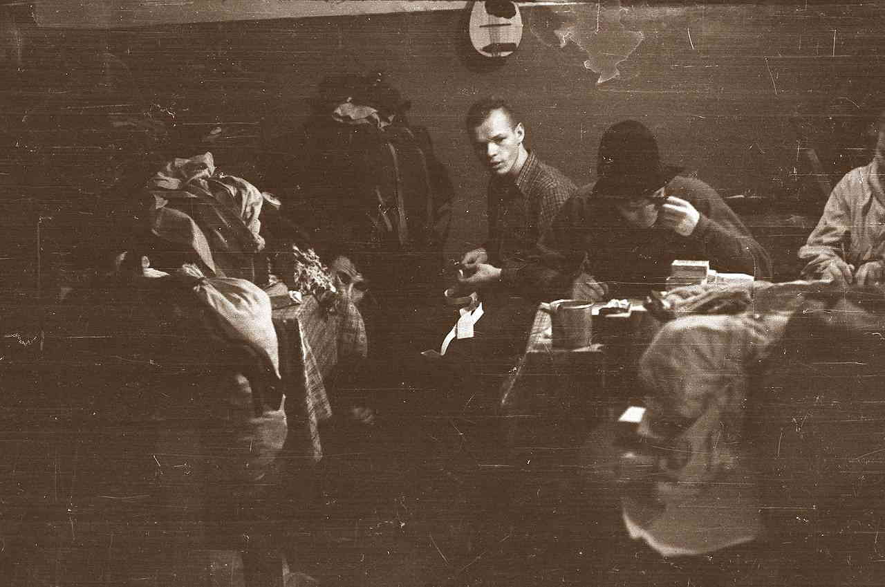 Подготовка к походу: Дятлов, Колмогорова, Тибо, мандалина