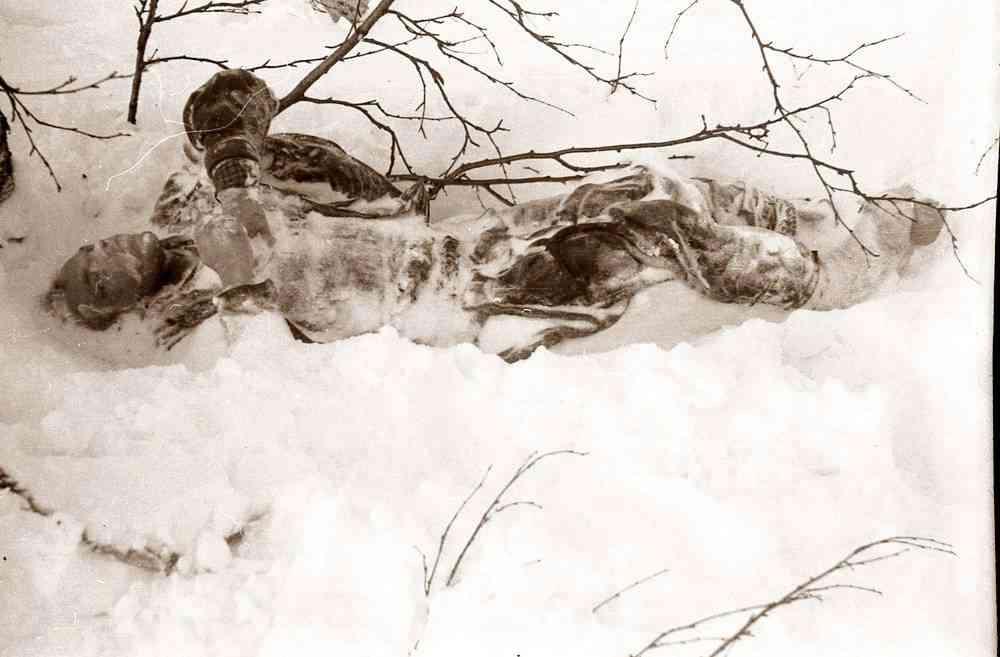 Тело Игоря Дятлова - в динамичной позе
