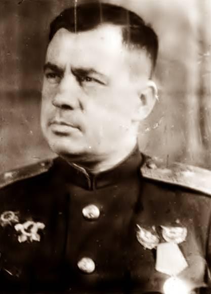 Генерал-майор авиации Горлаченко М. И